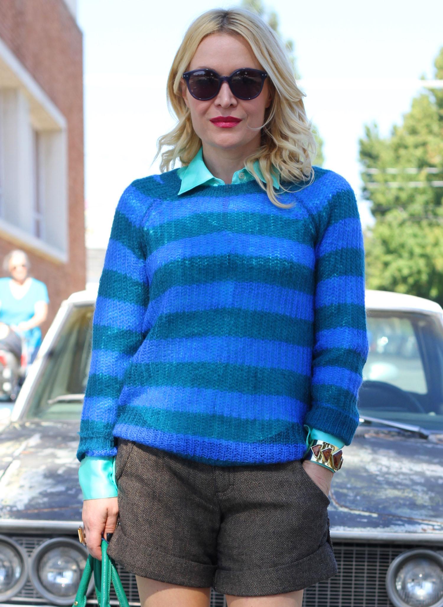 blue stripe 6