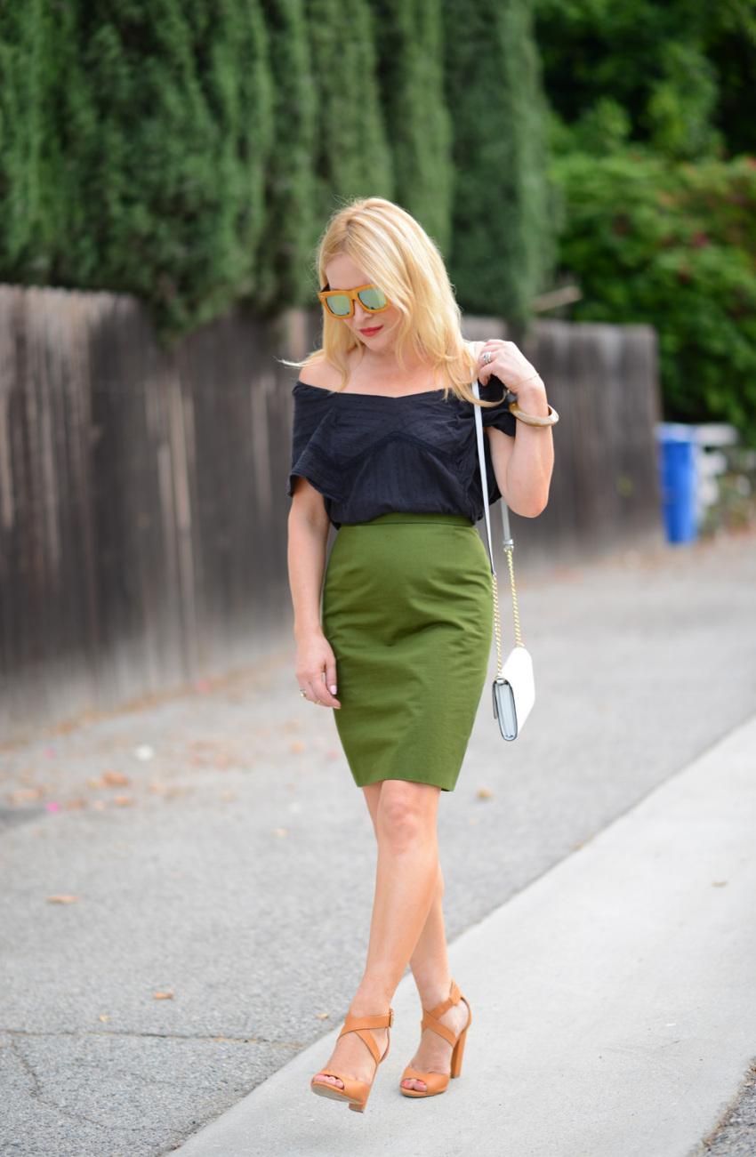 green skirt 1