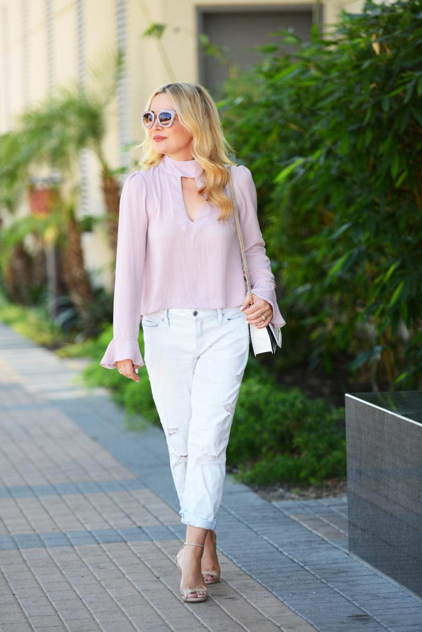 pink top boyfriend jeans 1