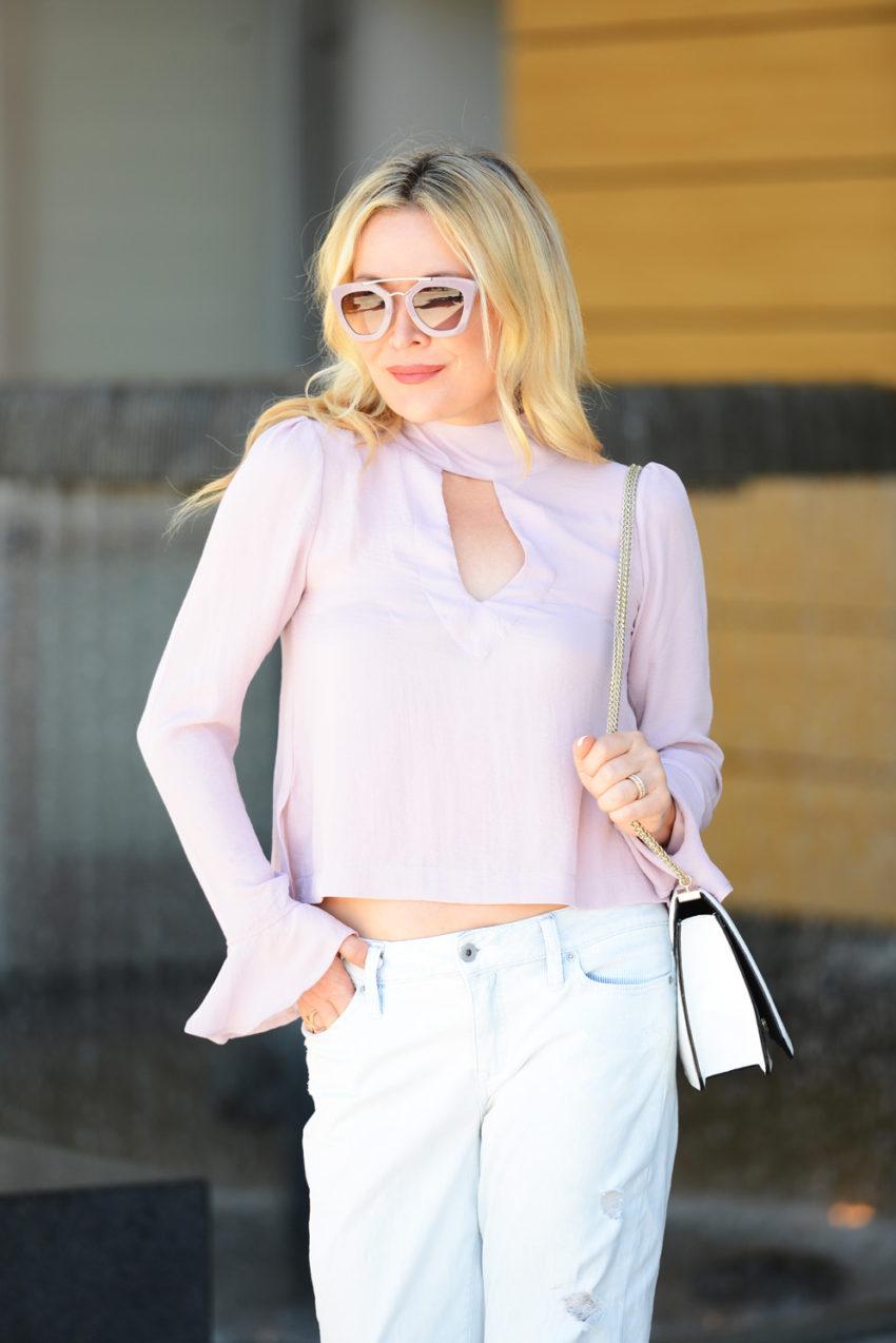 pink top boyfriend jeans 5