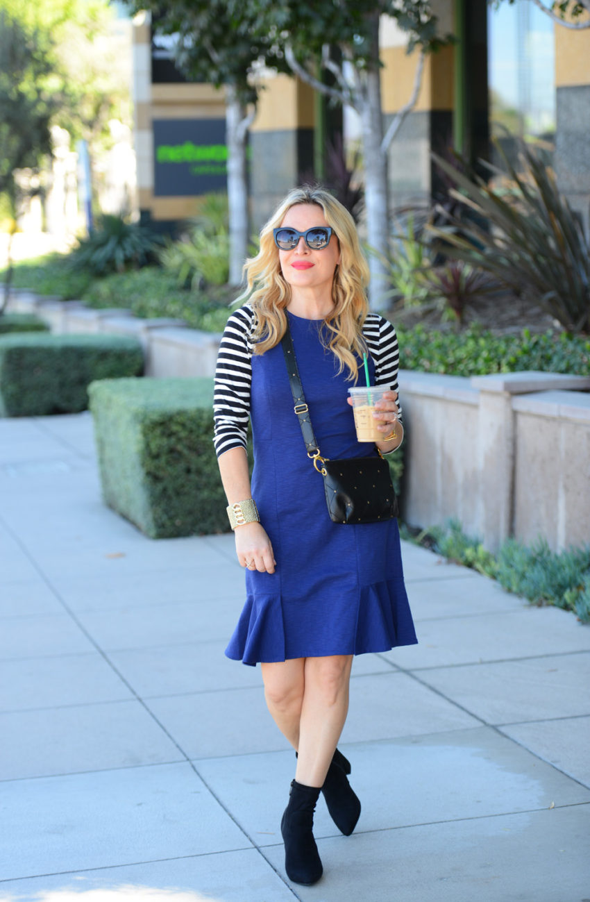 blue-dress-and-stripes-3