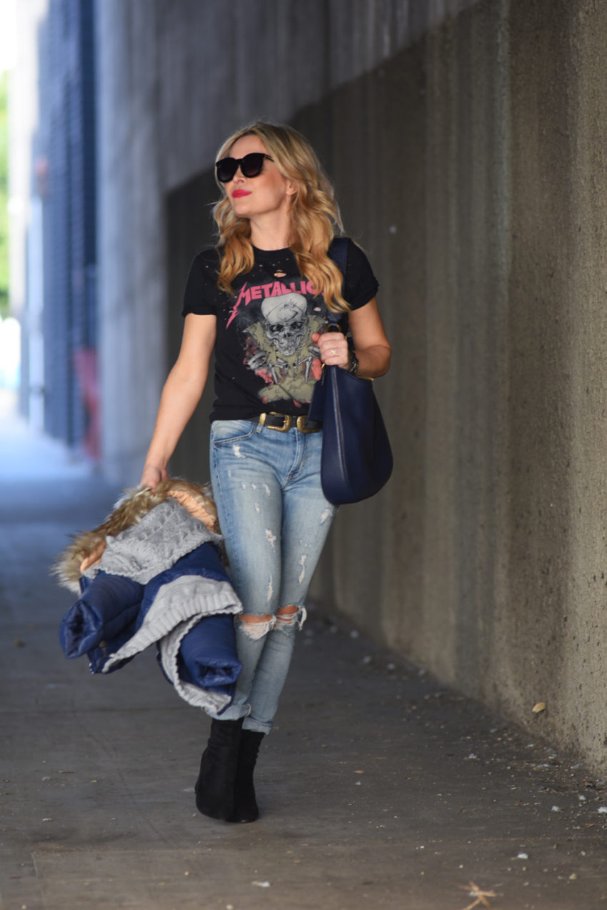 metallica-tee-and-jeans-7