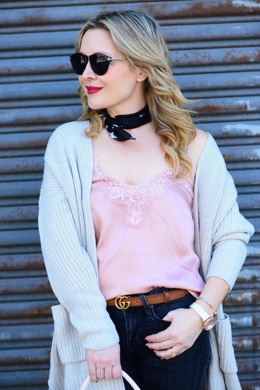 pink cami black jeans 4