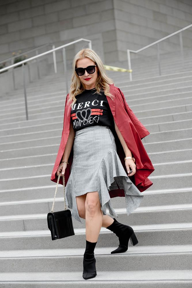 grey ruffled skirt