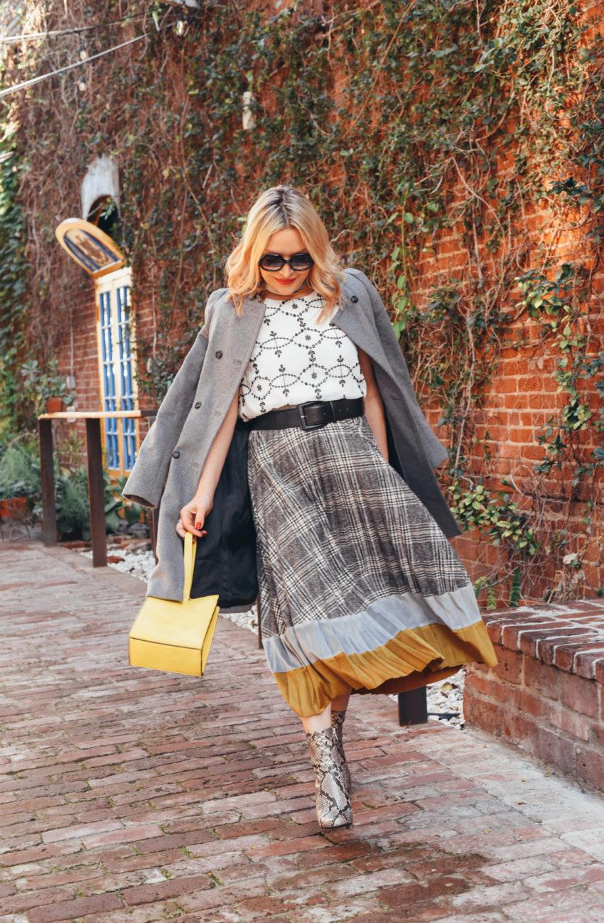 grey plaid skirt