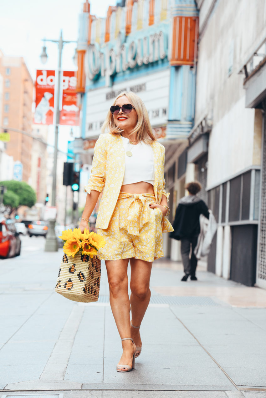 yellow short suit